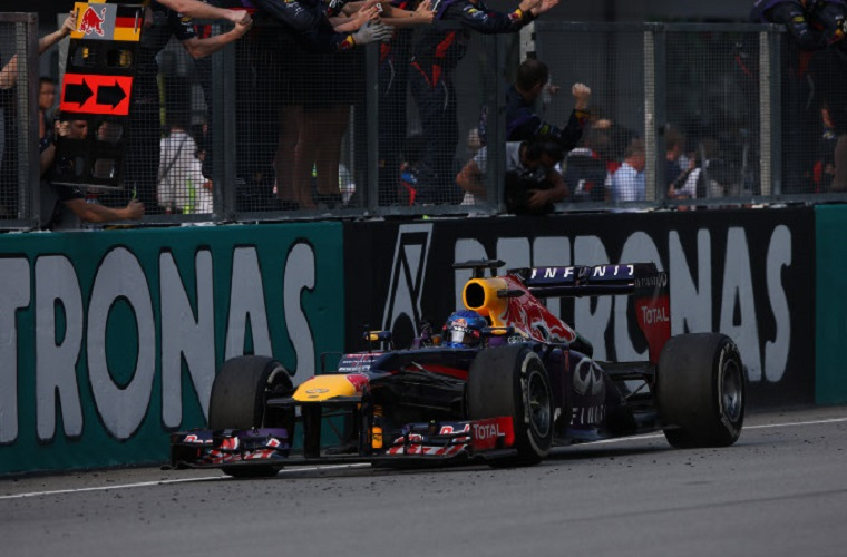 24.03.2013- Race, Sebastian Vettel (GER) Red Bull Racing RB9