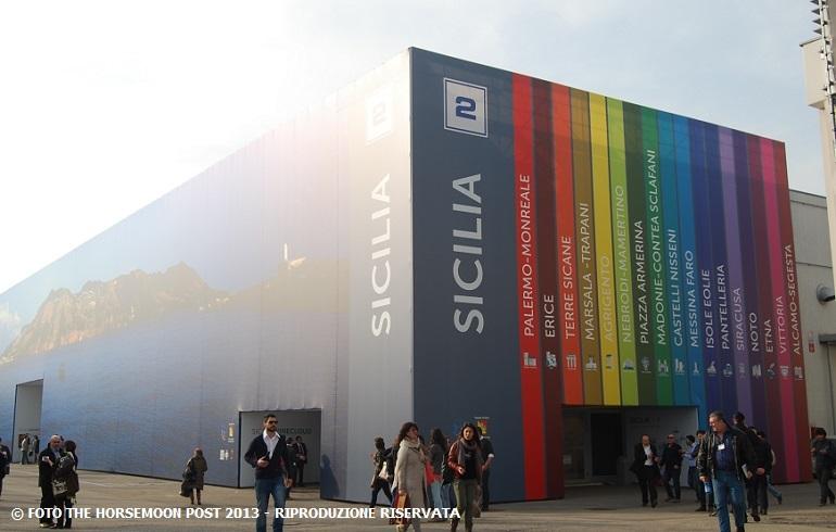 Il padiglione della Sicilia al Vinitaly 2013
