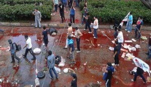 20130602-istanbul-riots_half780x450