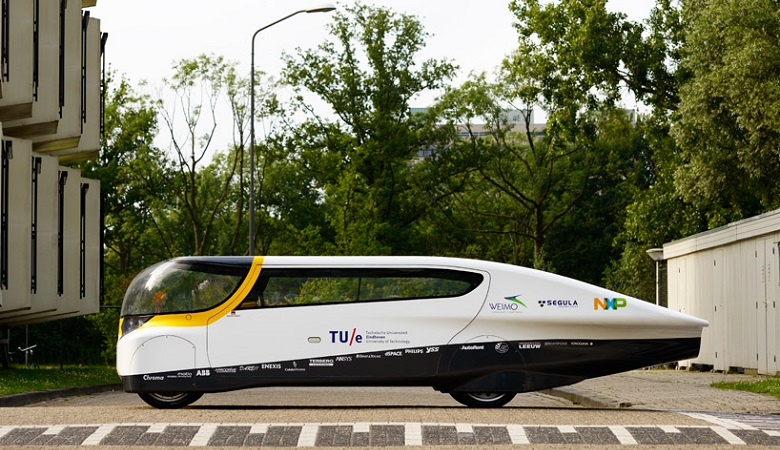 20130708-stella-worlds-first-solar-powered-family-car-lat