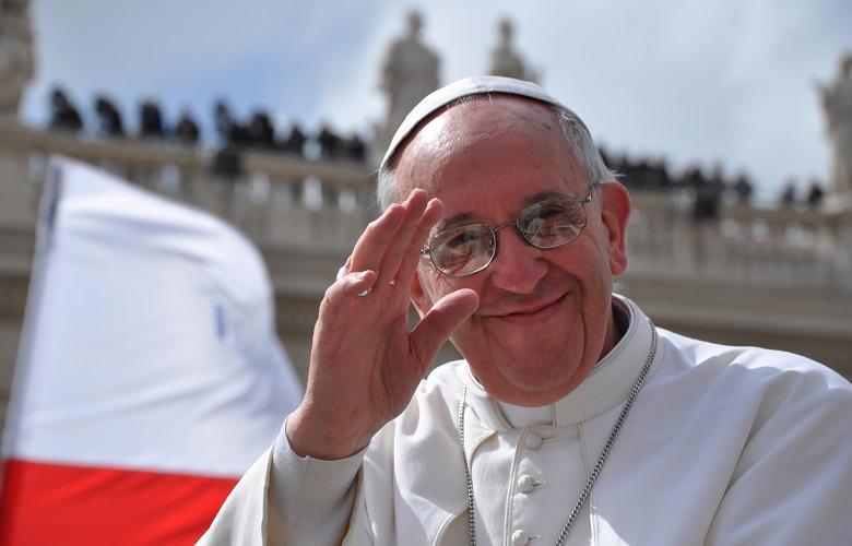 20130719-papa-francesco-commissione-speciale_780x500