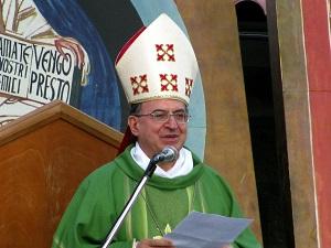 20130730-monsignor-gennaro-pascarella-300x225