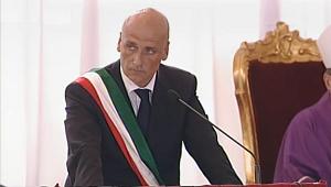20130730-sindaco-pozzuoli_300x170