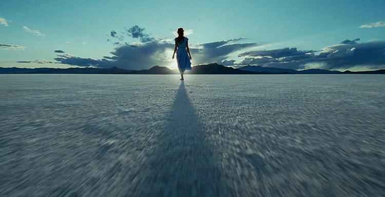 Jessica Chastain è la manifestazione della Grazia nella conclusione onirica di The Tree of Life
