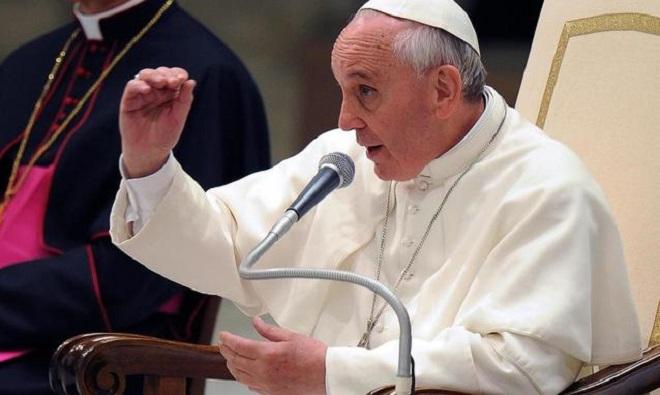 20130930-papa-francesco-comunicazioni-sociali-660x395