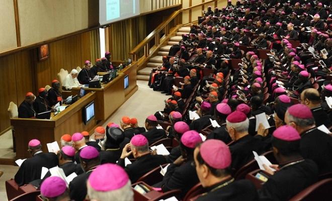 20131008-sinodo-straordinario-vescovi-660400