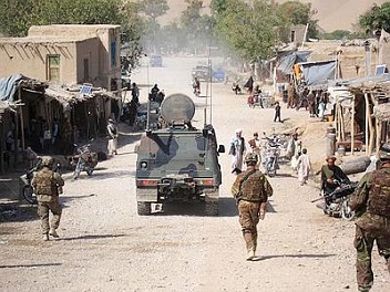 20131020-afghanistan_italiani-sotto-attacco-352x264