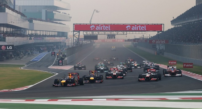 La partenza dell'edizione 2012 del GP d'India (foto Infiniti Red Bull Racing)