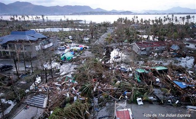 20131111-Typhoon-Haiyan-did