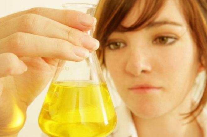 20131111-urina-per-elettricita-660x438