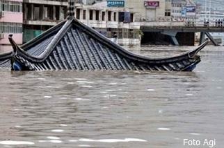 Inondazioni in Cina provocate dal tifone Haiyan, declassato a tempesta tropicale