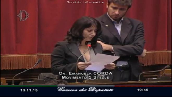 20131113-emanuela-corda-m5s-parlamento-660x373