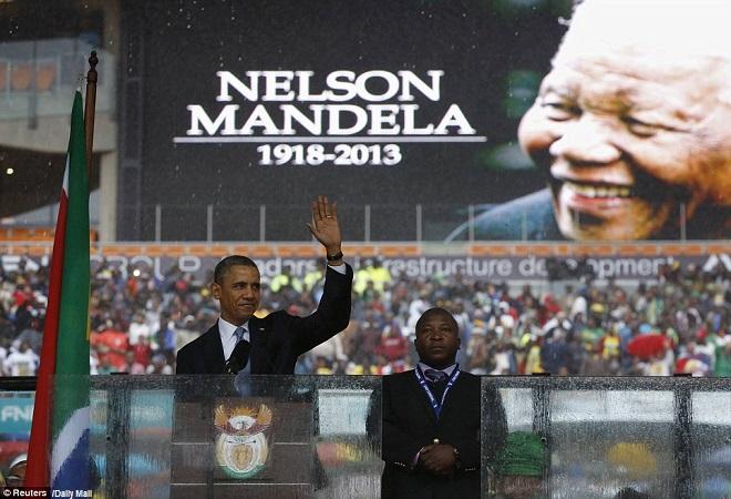 Barack H. Obama alla Cerimonia di Commemorazione di Nelson Mandela, Soweto, Sudafrica