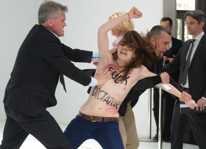 20140103-femen-top-ten-parolacce2-660x480