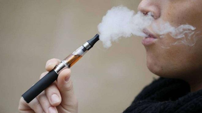 201401121-tar-sigarette-elettroniche-stop-tassa-660x371