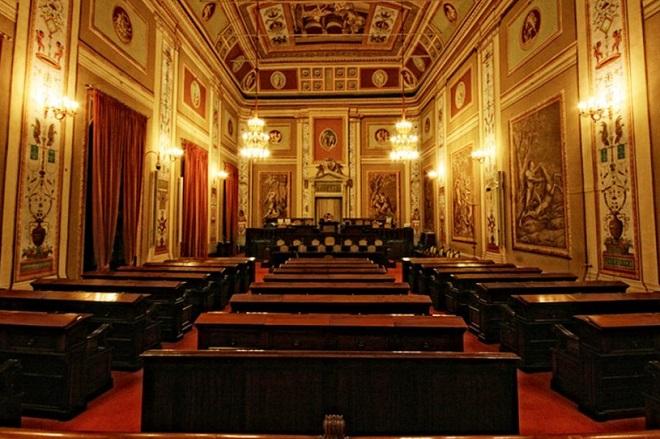 Sala d'Ercole, Assemblea Regionale Siciliana, il più antico parlamento d'Europa