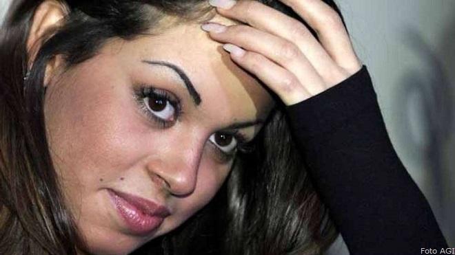 Karima El Mahroug, detta Ruby: secondo il ministro della funzione pubblica del Marocco, Mohamed Mobdii, ha dichiarato che nel 2010 era maggiorenne: ne avrebbe firmato l'atto di nascita