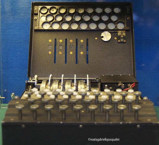 Apparato codificatore ENIGMA (aperto) - Foto © Maria Gabriella Pasqualini