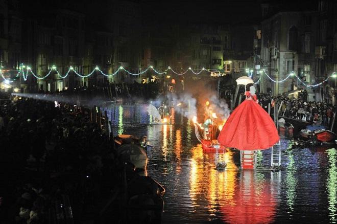 20140214-carnevale-venezia-2013-660x438