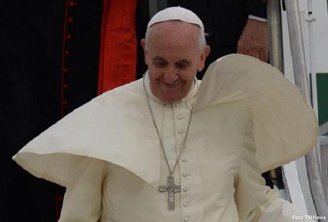 20140310-papa-francesco-viaggio-apostolico-660x447