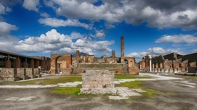 20140404-give-a-future-to-pompei-2-660x370