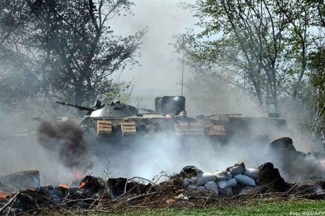 20140425-Ucraina-militari-Afp-660x440