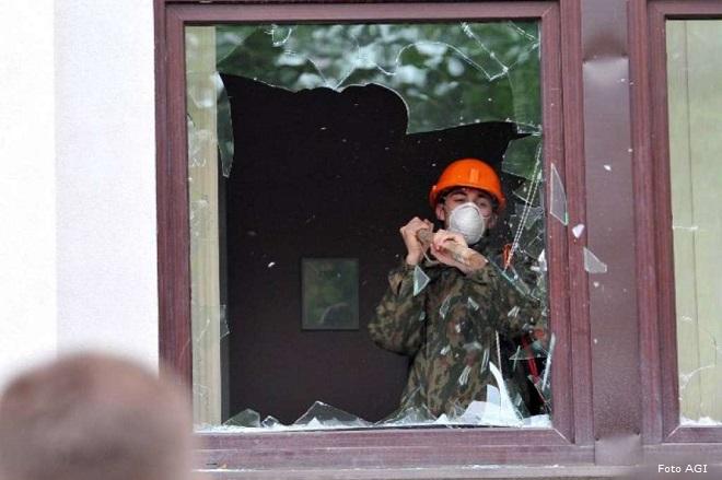 20140503-ucraina-separatisti-prendono-il-controllo-di-Lugansk-660x439
