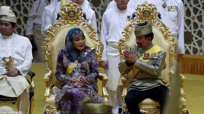 20140505-Haji-Hassanal-Bolkiah_-sultano-del-Brunei-afp-agi-660x371