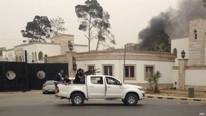 20140519-libia-scontri-a-tripoli-660x372