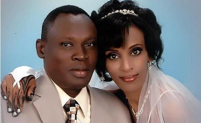 20140531-Meriam Ibrahim con il marito Daniel Wani (fermo immagine dalla Cnn)