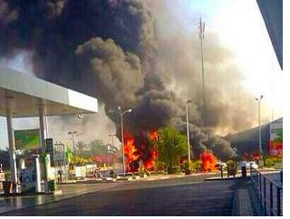 Un missile lanciato da Gaza manca per poco una stazione di servizio di carburante, l'incendio avrebbe potuto essere ben più grave