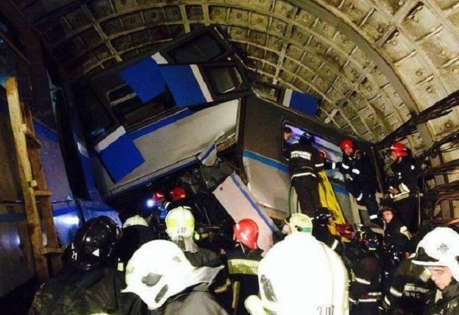 20140715-moscow-subway-derail