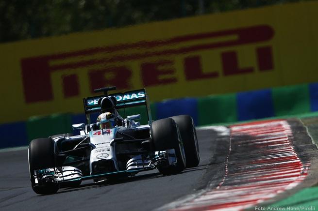 Lewis Hamilton, su Mercedes AMG F1 W05, è stato il più veloce anche alla fine delle ultime libere del Gran Premio di Ungheria sull'Hungaroring, alle porte di Budapest. Obiettivo vittoria e avvicinamento alla leadership nella classifica piloti