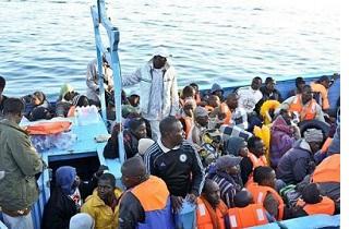 20140813-immigrati-mediterraneo-320x210