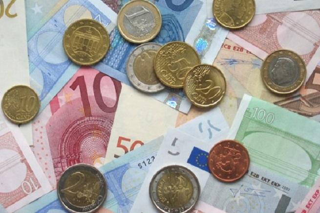 20140816-euro-debiti-famiglie-655x435