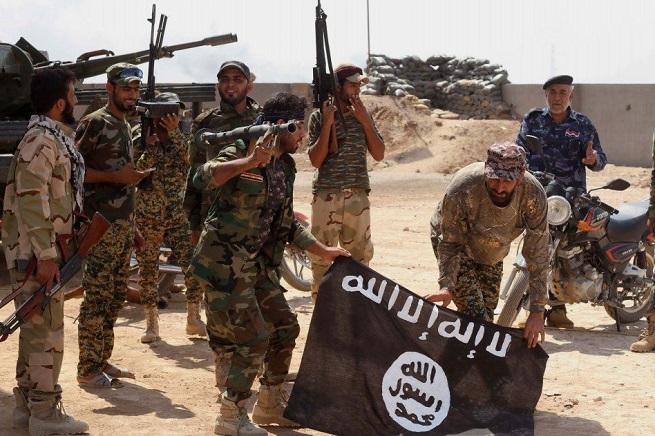 20140906-isil-jihadists-655x436