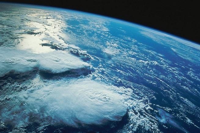 20140910-terra_da_spazio-655x436