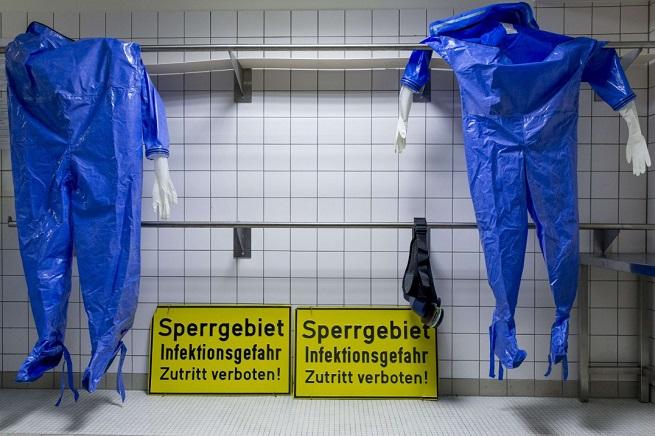 20140916-ebola-655x436