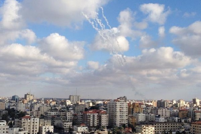 20140916-rocket-from-gaza655x436