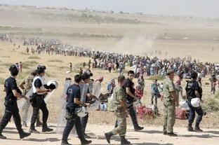 20140920-Turkey_syrian_kurd_refugees_fleeing-312