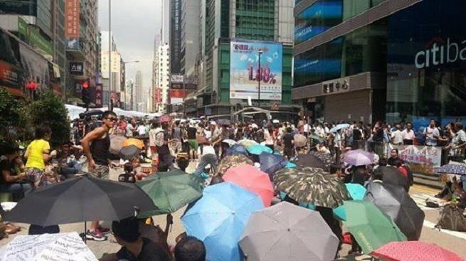 20140930-hong-kong-umbrella-rev