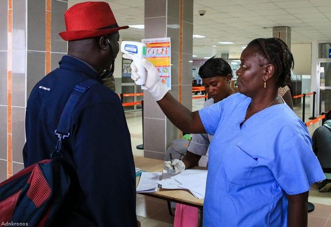 20141008-ebola-controlli-aeroportuali-655x450