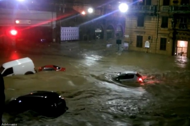 20141010-genova-alluvione-adn-655x436