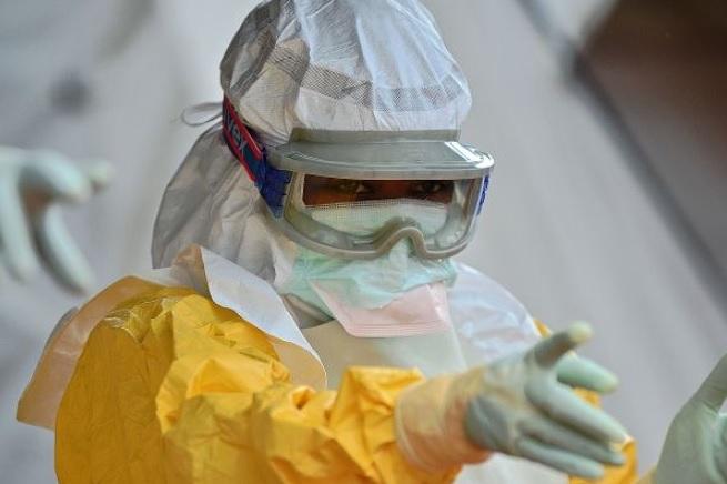 20141013-allarme-ebola-roma-2-655x436