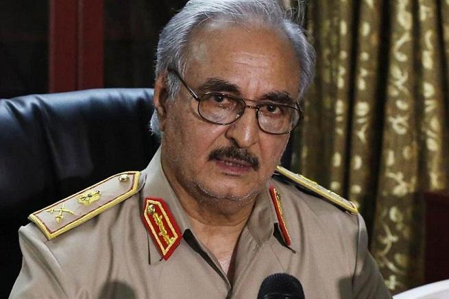 Il generale Khalifa Haftar, il Charles de Gaulle della Libia, alla guida dell'Operazione Dignità dal maggio 2014
