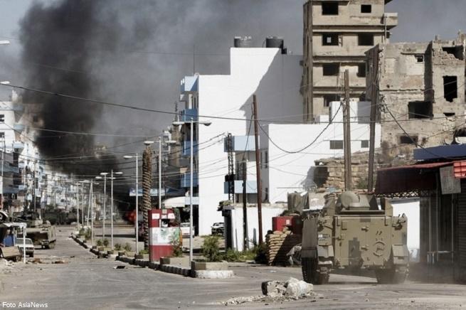 20141027-libano-tripoli-offensiva-esercito-vs-jihadisti-655x436