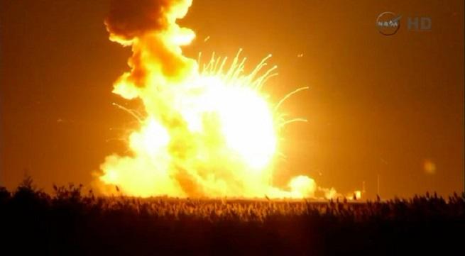 20141029-cygnus-launch-antares-explosion-655x361