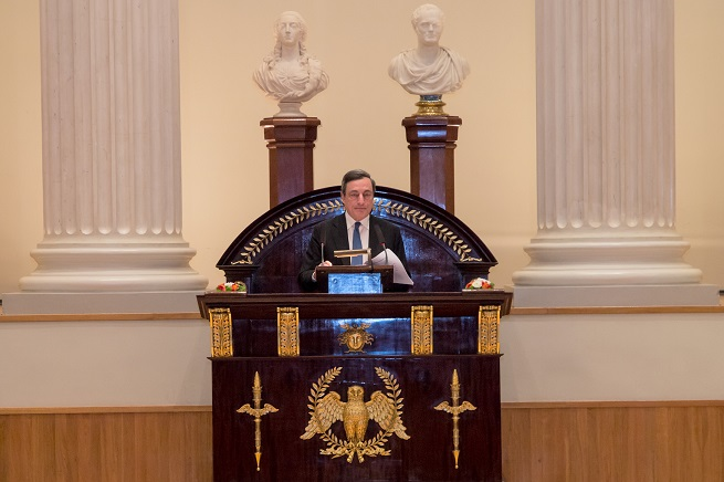 20141127-helsinki-university-mario-draghi-655X436