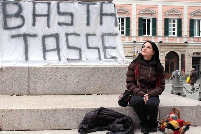 20141129-basta-tasse-655x436