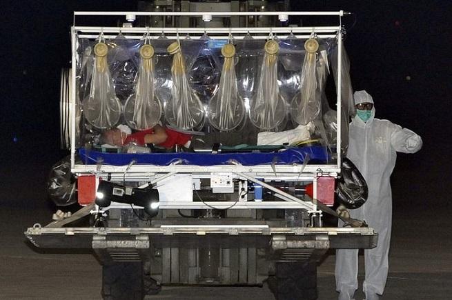 20141210-ebola_foto_medico_italiano-655x435